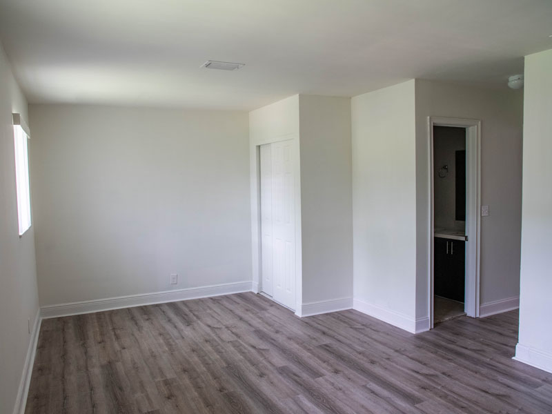 Photograph of large 1 bedroom 1 bath
